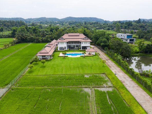 Mae Rim Luxury Villa For Sale